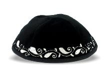 Velvet kippah with 20 cm silver embroidery